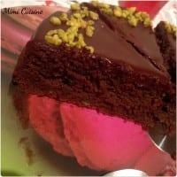 Gateau choxolat pistache glacage chocolat noir