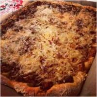 Pizza maison à la bolognaise