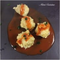 croquette de poisson et sa sauce rouge