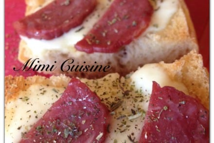 Bruschetta italien jambon sec mozzarella
