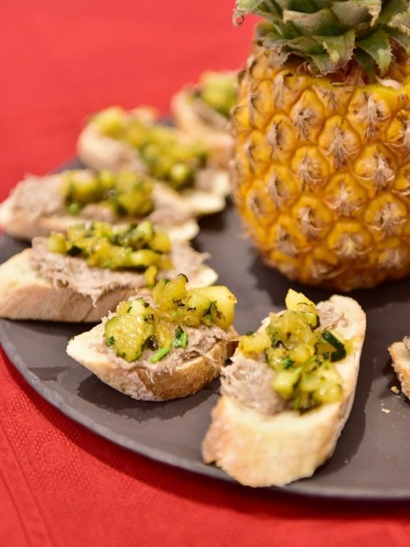 Chutney à l'ananas, courgettes et gingembre
