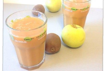 Jus de fruit pomme kiwi carotte Recette Thermomix