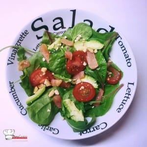 Salade Saumon Avocat Tomate et Noix de Cajou