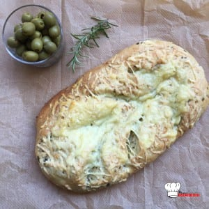 fougasse-olive-fromage-romarin3