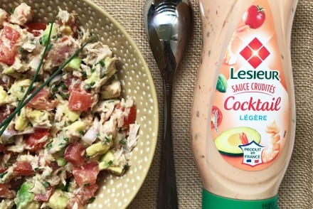 Salade composée Thon Tomate Avocat échalote sauce Cocktail