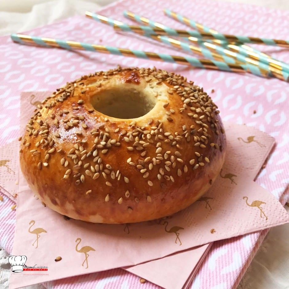bagels recette de pains bagels avec ou sans companion mimi cuisine. Black Bedroom Furniture Sets. Home Design Ideas