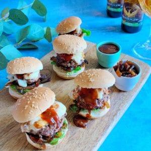 Mini Burgers Tomme de Brebis et Confit d'Oignon