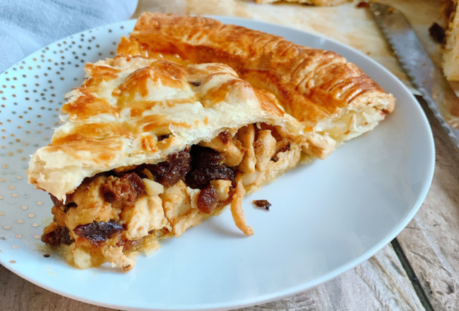 Galette des rois salée Recette Cookeo, Galette des rois, Recette galette des rois, Recette galette, Recette galette Cookeo, Marine Rolland, Mimi Cuisine, Miam Agency, Blogueuse culinaire, Blogueuse cuisine, Blogueuse Cookeo, Blogueuse Companion, Blogueuse Multidélices, Blogueuse Thermomix, Blog cuisine, Blog culinaire, Blog cuisine facile, Blog recettes, Blog cuisine traditionnelle, Blog cuisine connectée, Recettes sucrées, Recettes salées, Recette sucrée, Recette salée, Recette facile, Recettes faciles, Recette sans appareil, Recettes sans appareil, Recettes avec multicuiseur, Recette avec multicuiseur, Recettes avec robot cuiseur, Recette avec robot cuiseur, Livre Cookeo, Livre Recettes Cookeo, Cookeo blog, Blog Cookeo, Recettes Cookeo, Recette Cookeo, Recettes maison Cookeo, Recette maison Cookeo, Recette Cookeo sucrée, Recette Cookeo salée, Recettes Cookeo sucrées, Recettes Cookeo salées, Recette salée Cookeo, Recette sucrée Cookeo, Recettes salées Cookeo, Recettes sucrées Cookeo, Meilleure Recette Cookeo, Recette facile Cookeo, Recettes faciles Cookeo, Recette plat Cookeo, Recettes plats Cookeo, Recette Cookeo plat, Recette entrée Cookeo, Recettes entrées Cookeo, Recette Cookeo entrée, Recette dessert Cookeo, Recettes desserts Cookeo, Recette Cookeo dessert, Moulinex blog, Blog Moulinex, Recettes Moulinex, Recette Moulinex, Recettes maison Moulinex, Recette maison Moulinex, Companion blog, Blog Companion, Recettes Companion, Recette Companion, Recettes maison Companion, Recette maison Companion, Recette Companion sucrée, Recettes Companion sucrées, Recette Companion salée, Recettes Companion salées, Recette salée Companion, Recettes salées Companion, Meilleure Recette Companion, Recette facile Companion, Recettes faciles Companion, Recette plat Companion, Recettes plats Companion, Recette Companion plat, Recette entrée Companion, Recettes entrées Companion, Recette Companion entrée, Recette dessert Companion, Recettes desserts Companion, Recette Companion desse